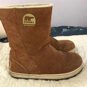 Sorel winter boots size 9